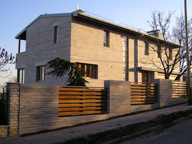 Mártonlak utcai villa