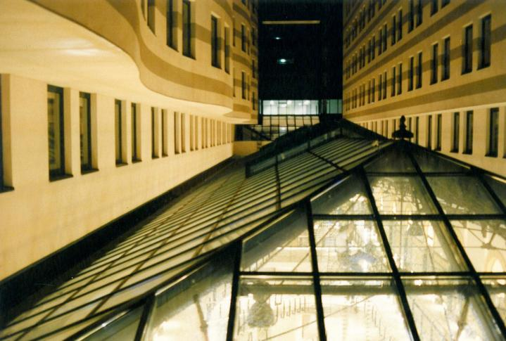 Vasudvar – Millennium Center Szálloda, Irodaház, Bevásárlóközpont