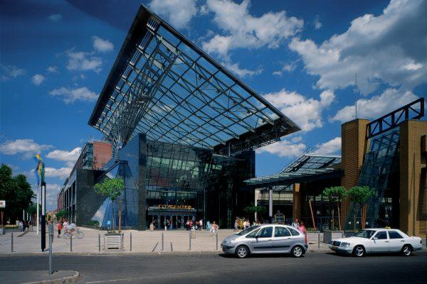 WestEnd City Center Bevásárlóközpont, Irodaház, Szálloda